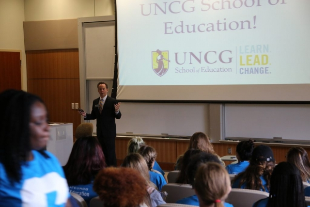 Dean Penfield welcomes new students to the School of Education