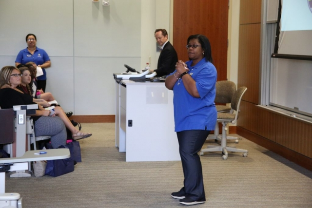 Dr. Jacqui Dozier welcomes students to the School of Education