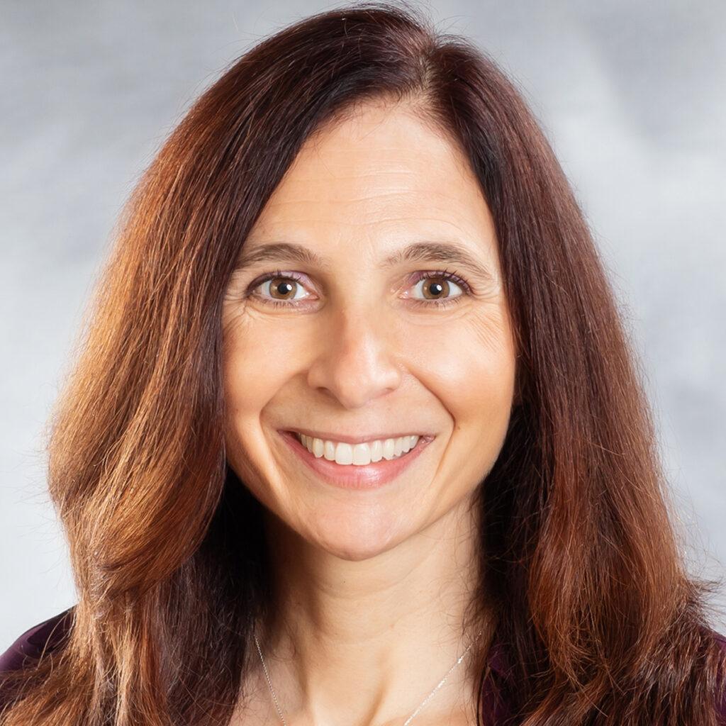 Silvia Bettez Headshot